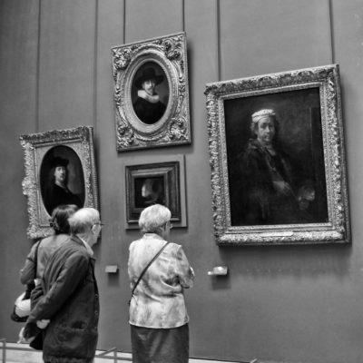 Louve portraits Paris